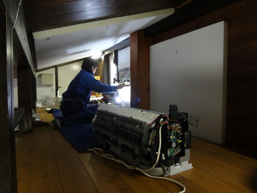 部品交換(今回室内機側ガス漏れ) 修理を考え、設置が好ましい 高い位置に設置の場合リモコンで設定