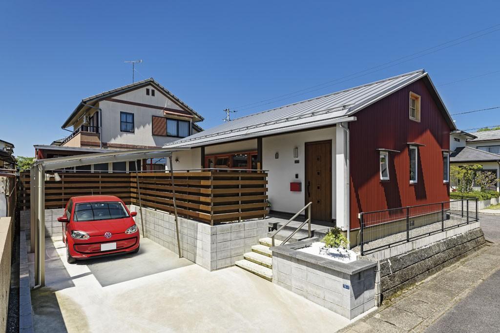 赤煉瓦風のガルバリウム鋼板